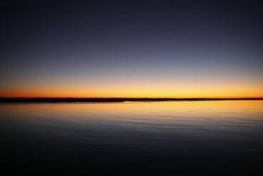 https://pixabay.com/de/sonnenaufgang-ozean-meer-wasser-173392/