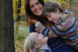 MAMA BERLIN Katja Zimmermann mit Kids quer