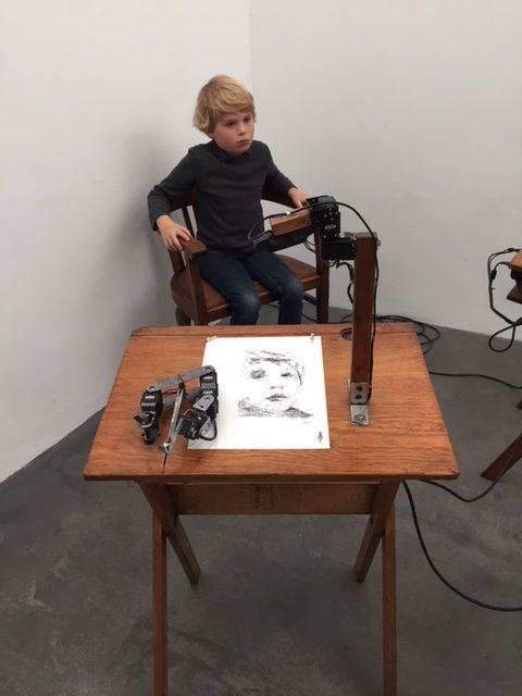 Roboter Paul 5